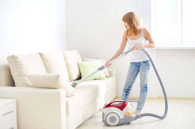 How To Clean Sofa At Home